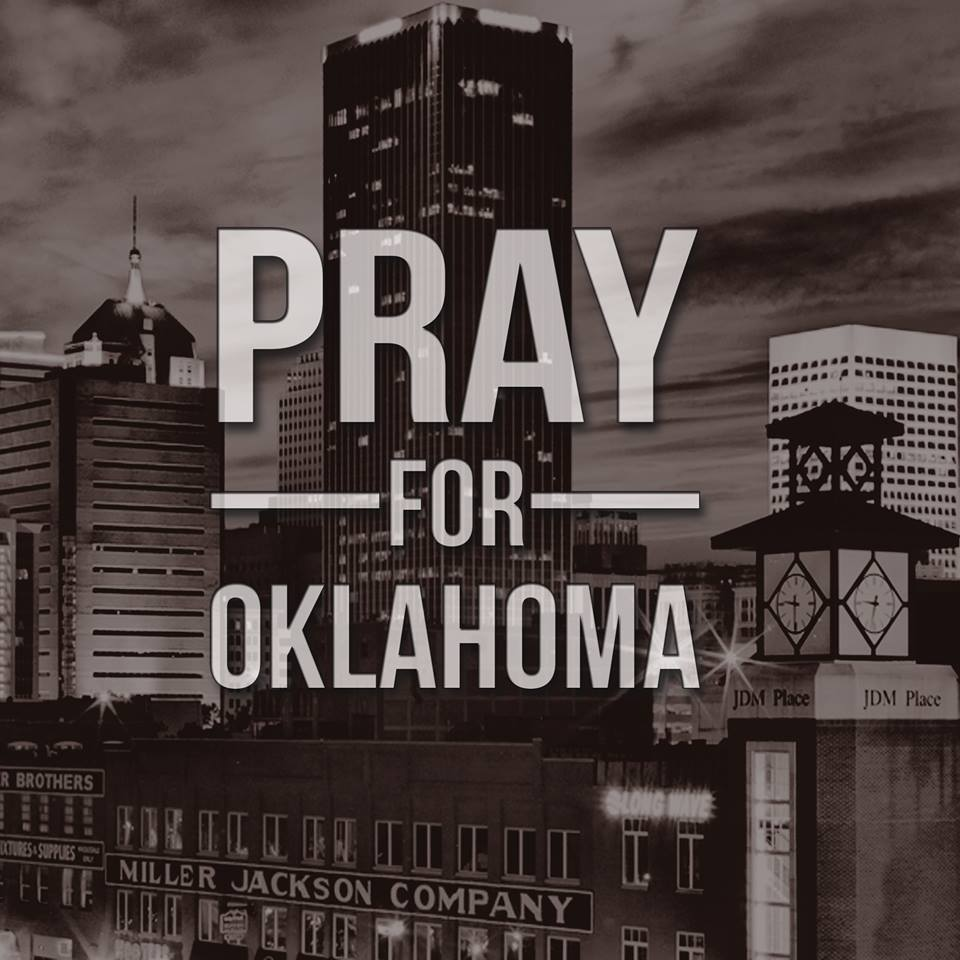 GlamCurvy Prays for Oklahoma!